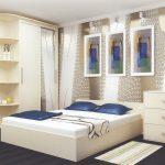Спальня с красивыми обоями