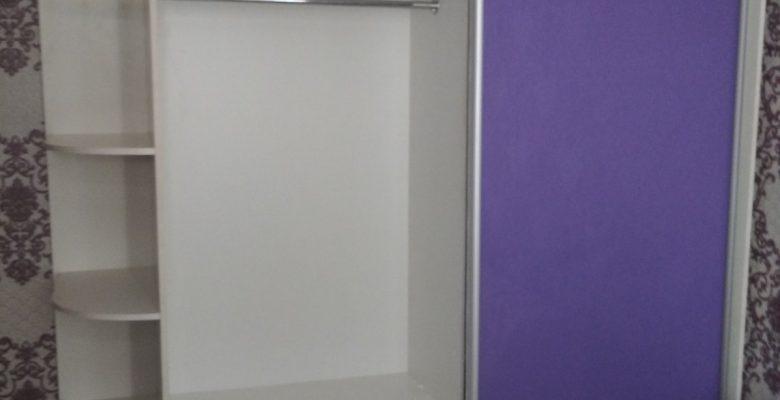 Фиолетовый шкаф купе