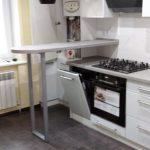 Кухни под заказ в Луганске со столиком